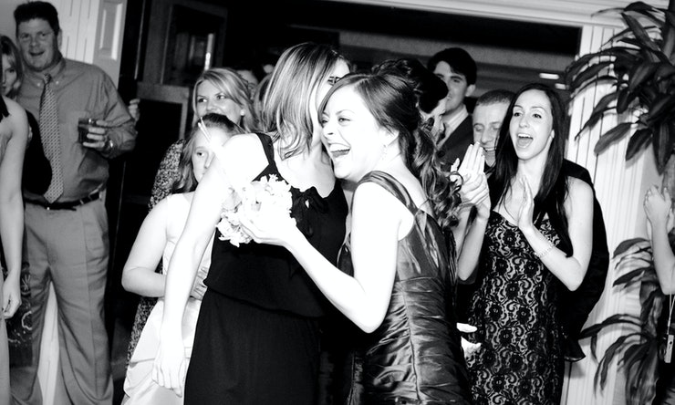 8 Maid Of Honor Speech Ideas That Are Sweet, Funny, And Will Leave ...