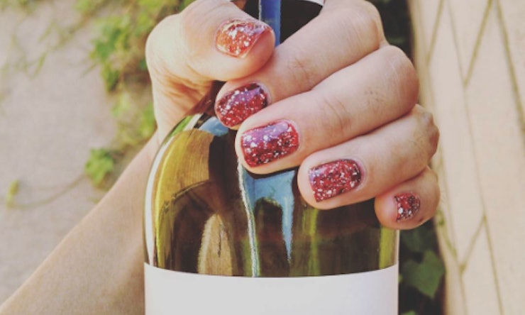 10 things tipsy nail art girl taught us about doing a drunk 10 things tipsy nail art girl taught us about doing a drunk manicure video prinsesfo Gallery