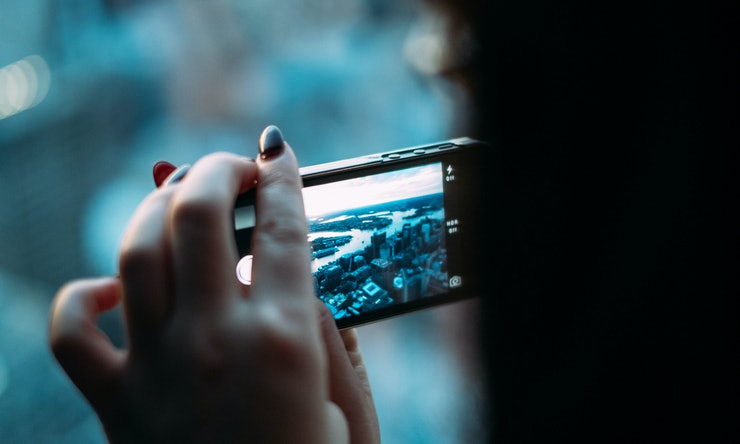 Ways To Turn Your Smartphone Camera Into A Professional Camera - Smartphones mean you dont need a fancy camera to take an amazing photo