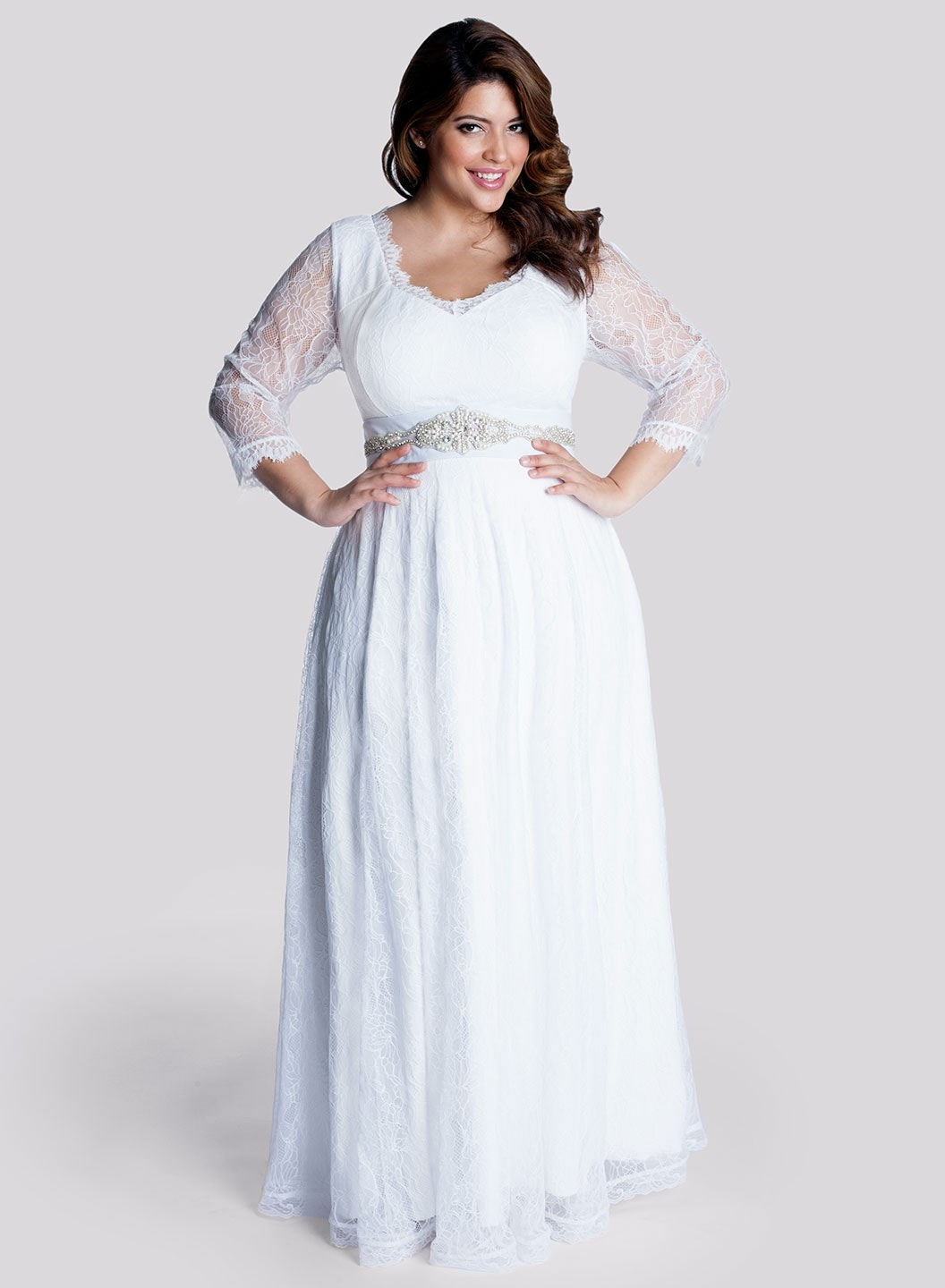 9ad1d7e3fec 25 Stunning Plus-Size Wedding Dresses For Every Style Of Nuptial .