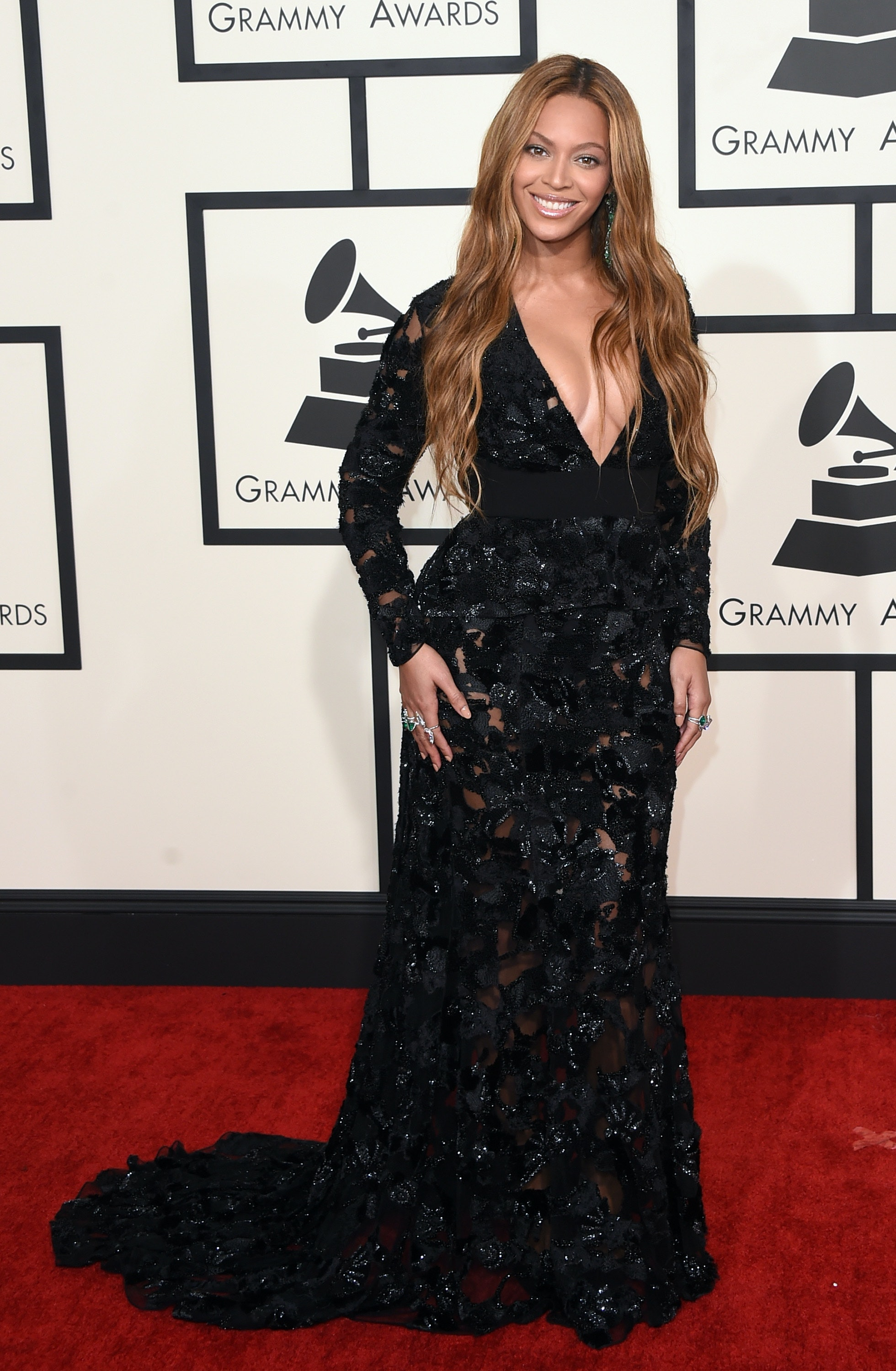 The 2015 Grammy Red Carpet Dresses, Suits, And Other Daring ...