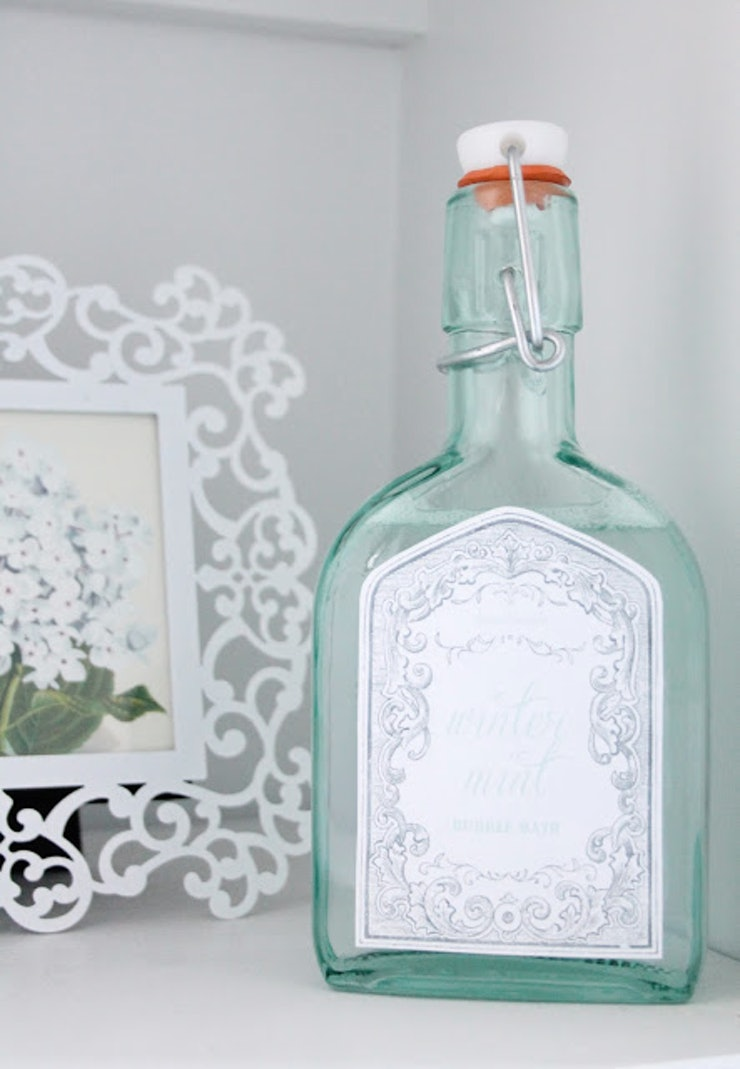 14 diy wedding gifts that are easy and inexpensive for Home made bubble bath