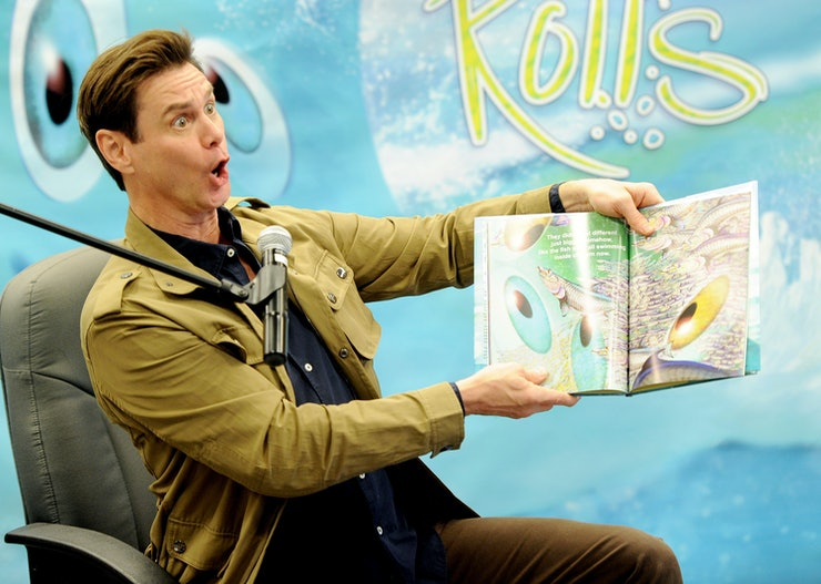 15 Celebrities Reading To Kids That'll Make You Want To ...  Celebrities Reading Books