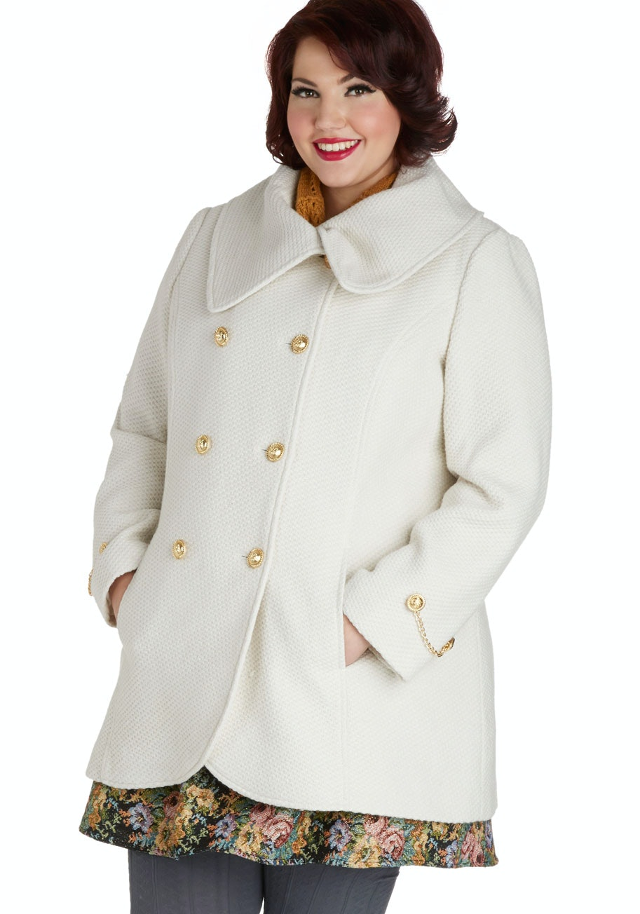 25 Plus-Size Winter Coats to Fall in Love With