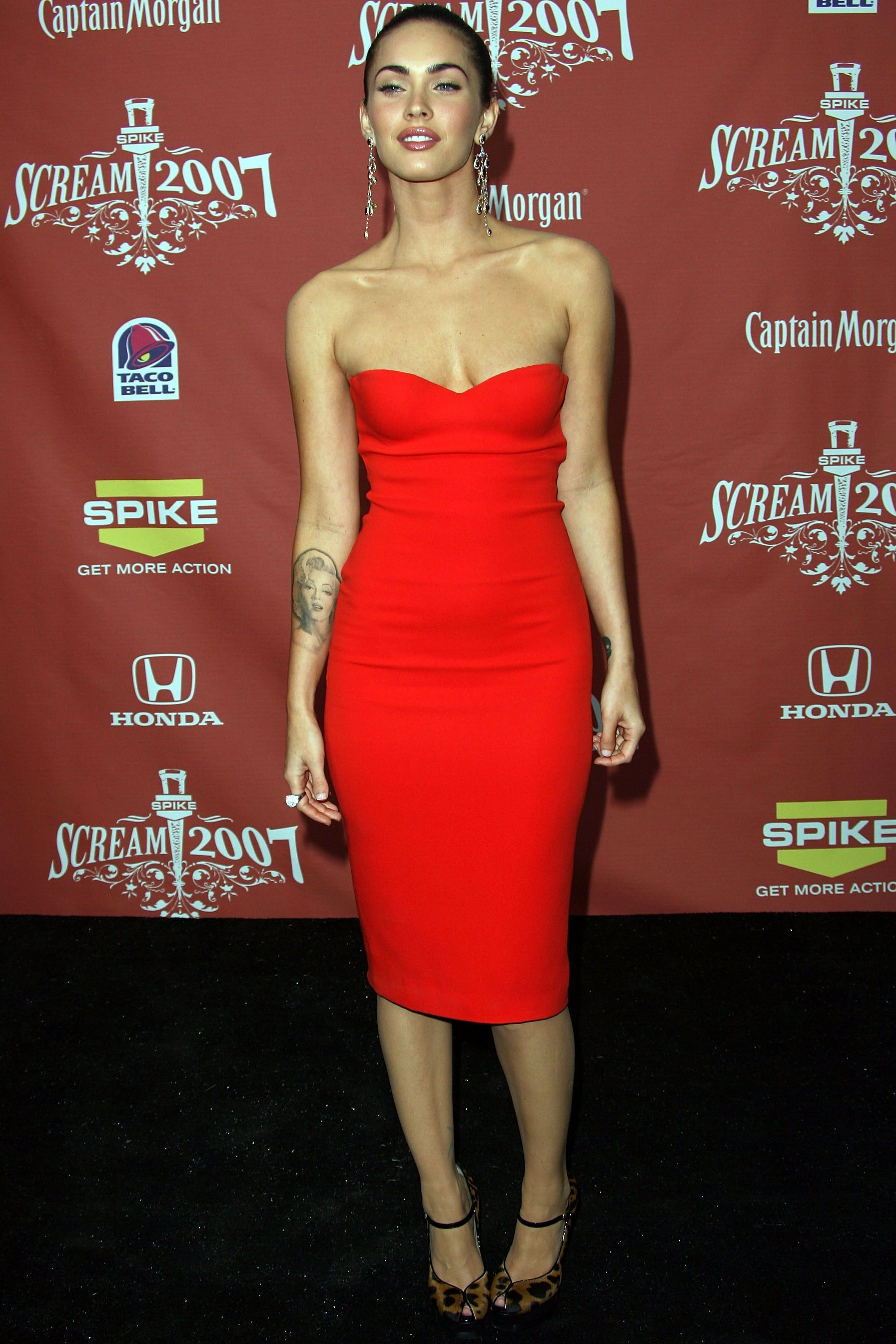 Ranking 15 Sexy Megan Fox Outfits On the Red Carpet- From ...