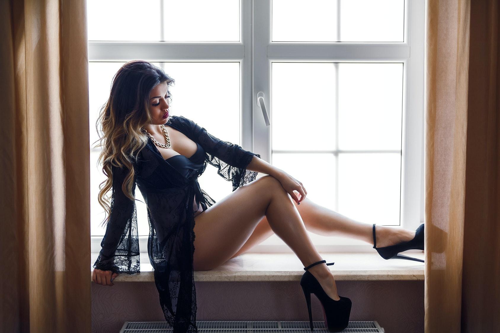 kiimainen nainen sex work suomi
