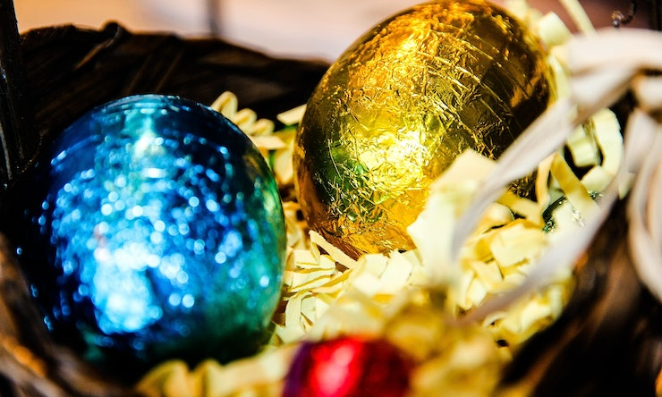 10 easter basket ideas for adults because chocolate bunnies aren 10 easter basket ideas for adults because chocolate bunnies arent just for kids negle Image collections