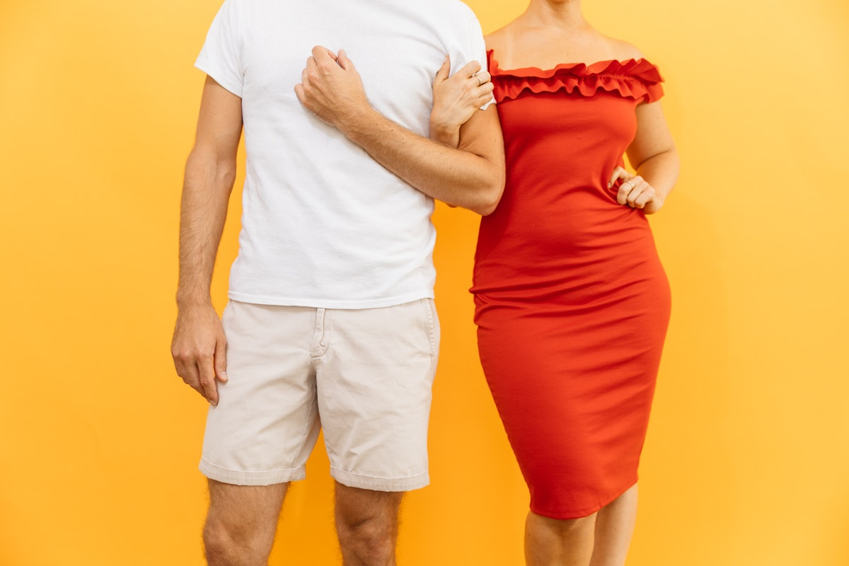 40 and under dating Are you over 40 singles who are to start dating online check the reviews of best over 40 dating sites and build relationships with 40 plus mature partners.