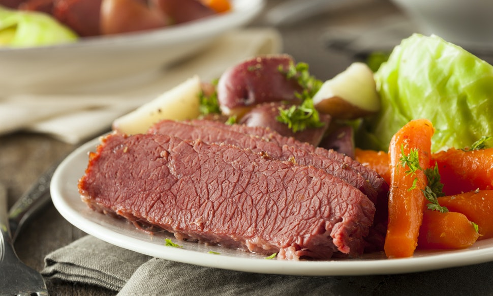 Why do we eat corned beef and cabbage for st patrick s for What to do with salt beef