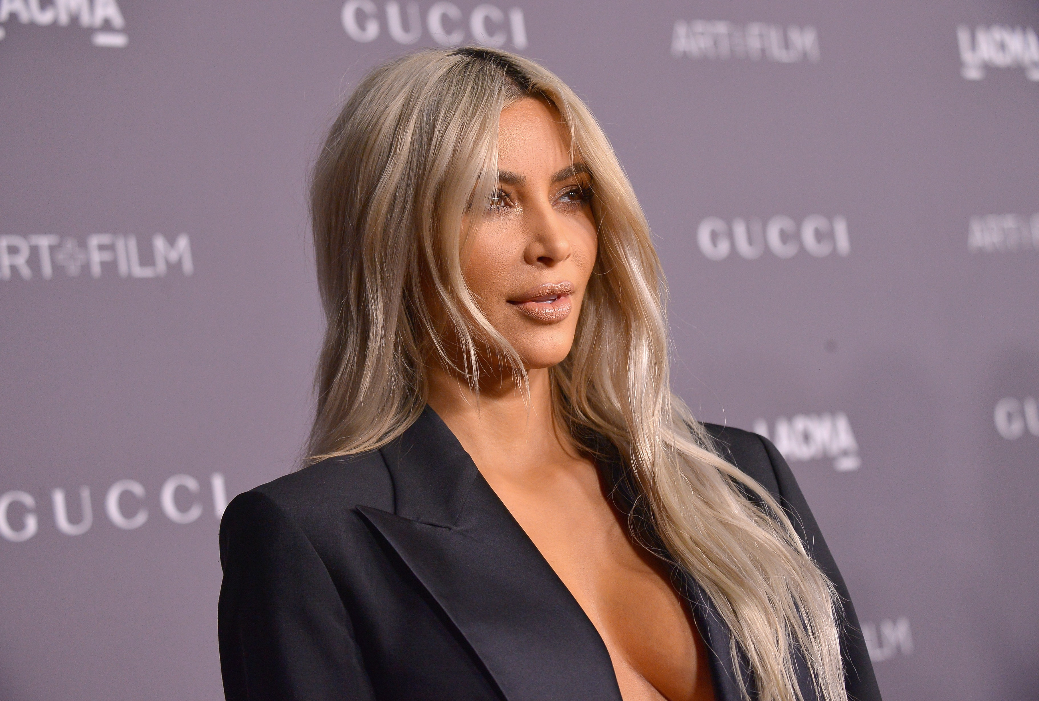 Kim Kardashian's New Perfume Sells $10 Million In One Day