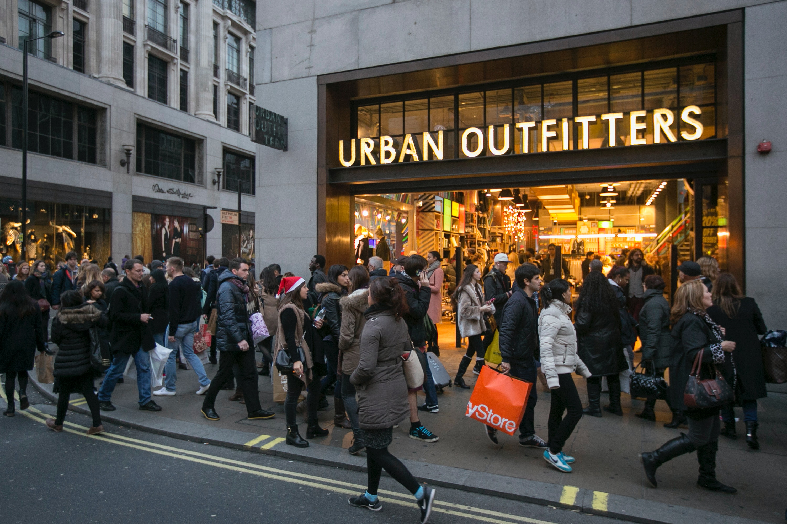 Urban Outfitters shares jump 10% on record sales for retailer