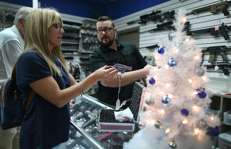 Gun background checks set record on Black Friday