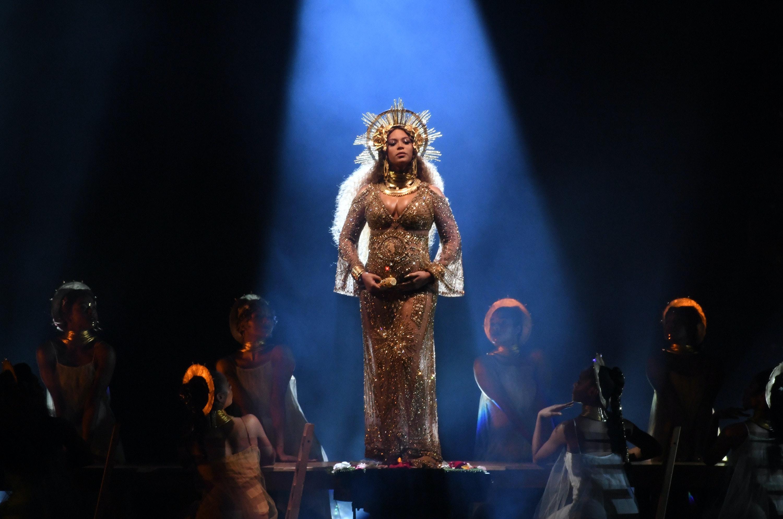Beyonces gemini twins horoscope reveals theyre natural born stars nvjuhfo Gallery