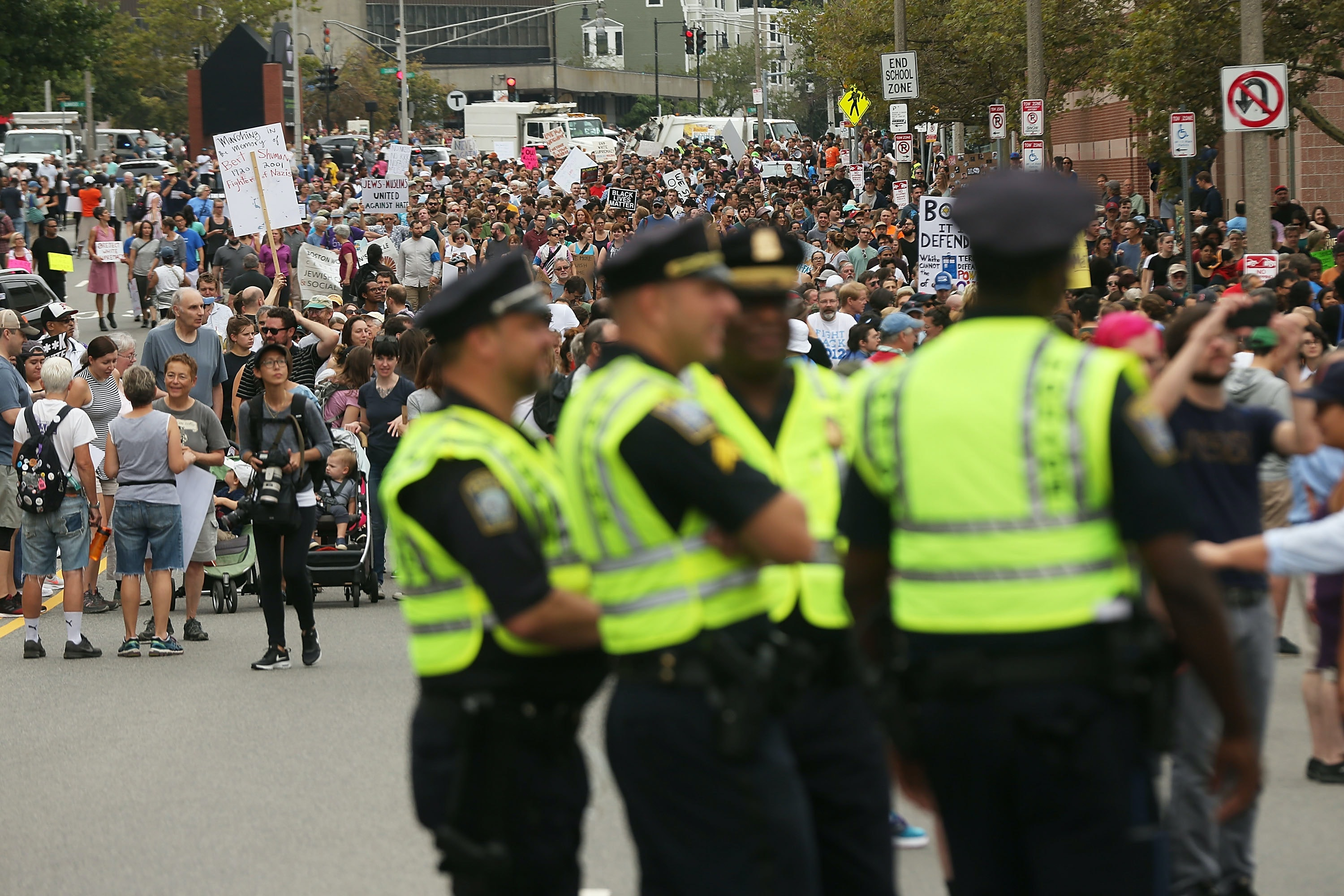 Boston 'Free Speech Rally' ends early as thousands march in counter-protest