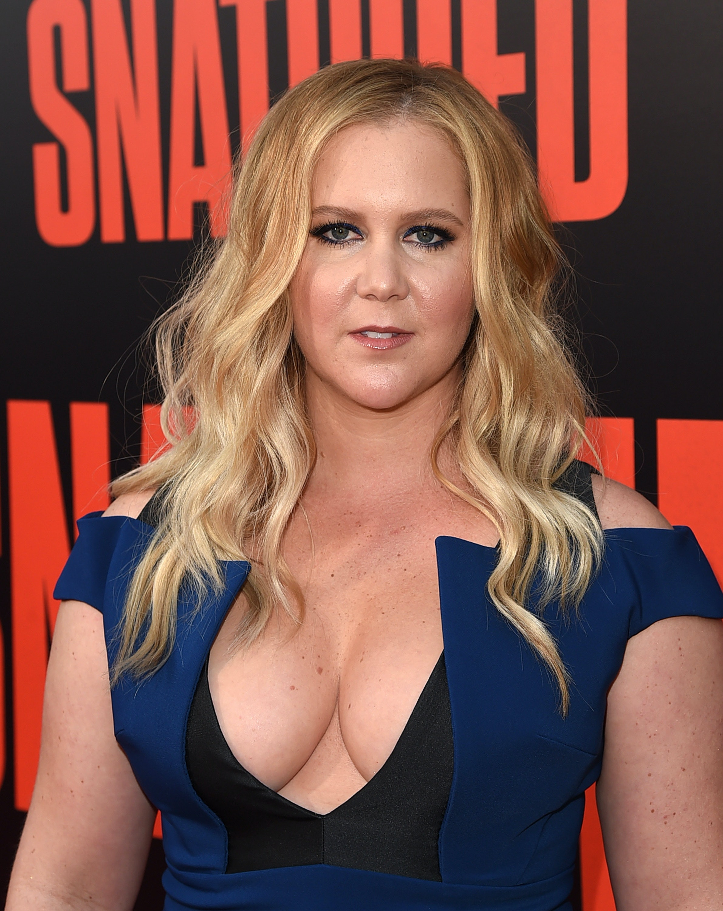 Amy Schumer: I don't 'deserve equal pay' with Chris Rock, Dave Chappelle