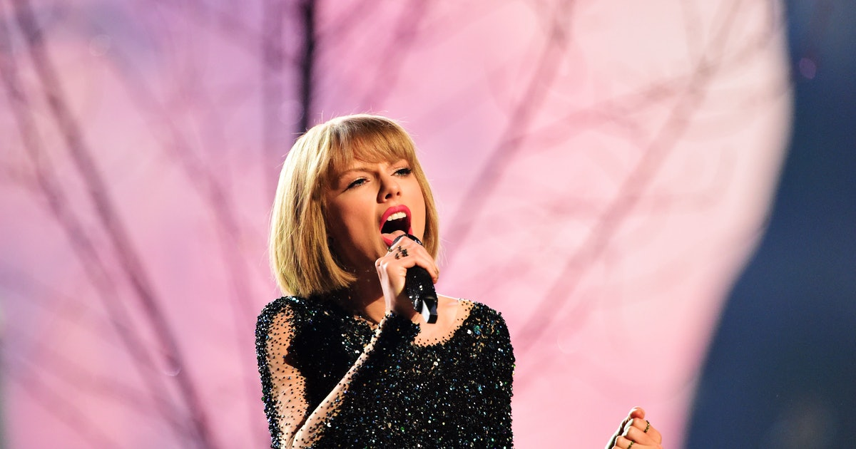 Lyric are you ready for some football lyrics : Taylor Swift's
