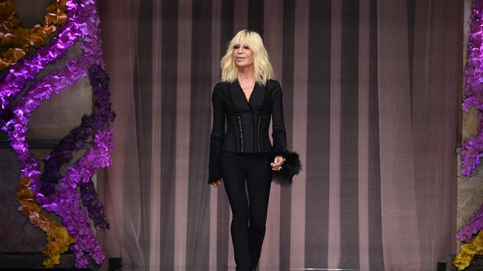 What is donatella versace doing now she 39 s still at the for Donatella versace beach