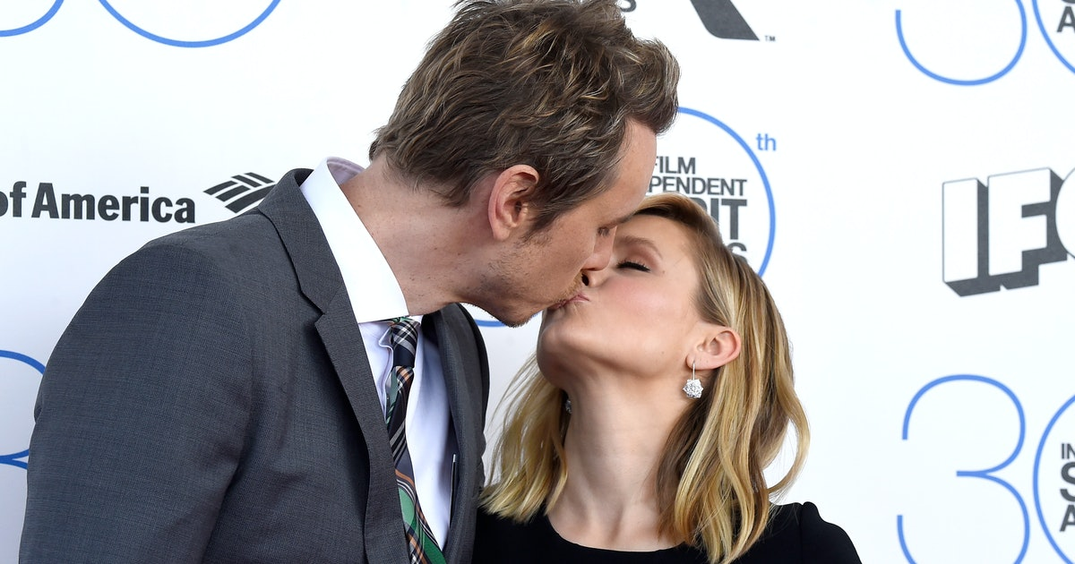 Kristen Bell & Dax Shepard's Body Language Reveals 3 Amazing Things About Their Relationship