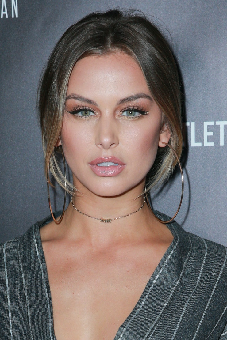 emmett divorced singles personals Lala kent's new guy is free to date her or whoever the hell he wants -- because he's officially single in the eyes of the law hollywood producer randall emmett just finalized his divorce.