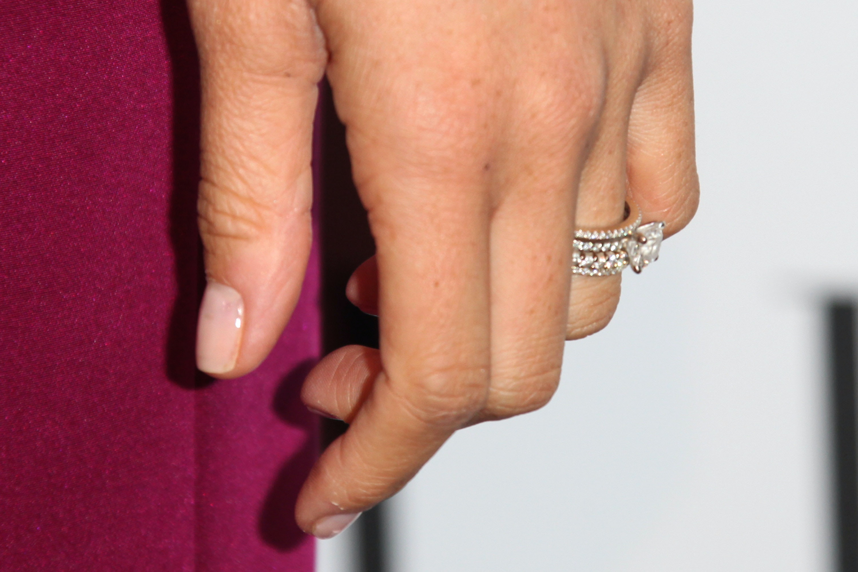 Photos Of Meghan Markles First Engagement Ring Are Actually Really