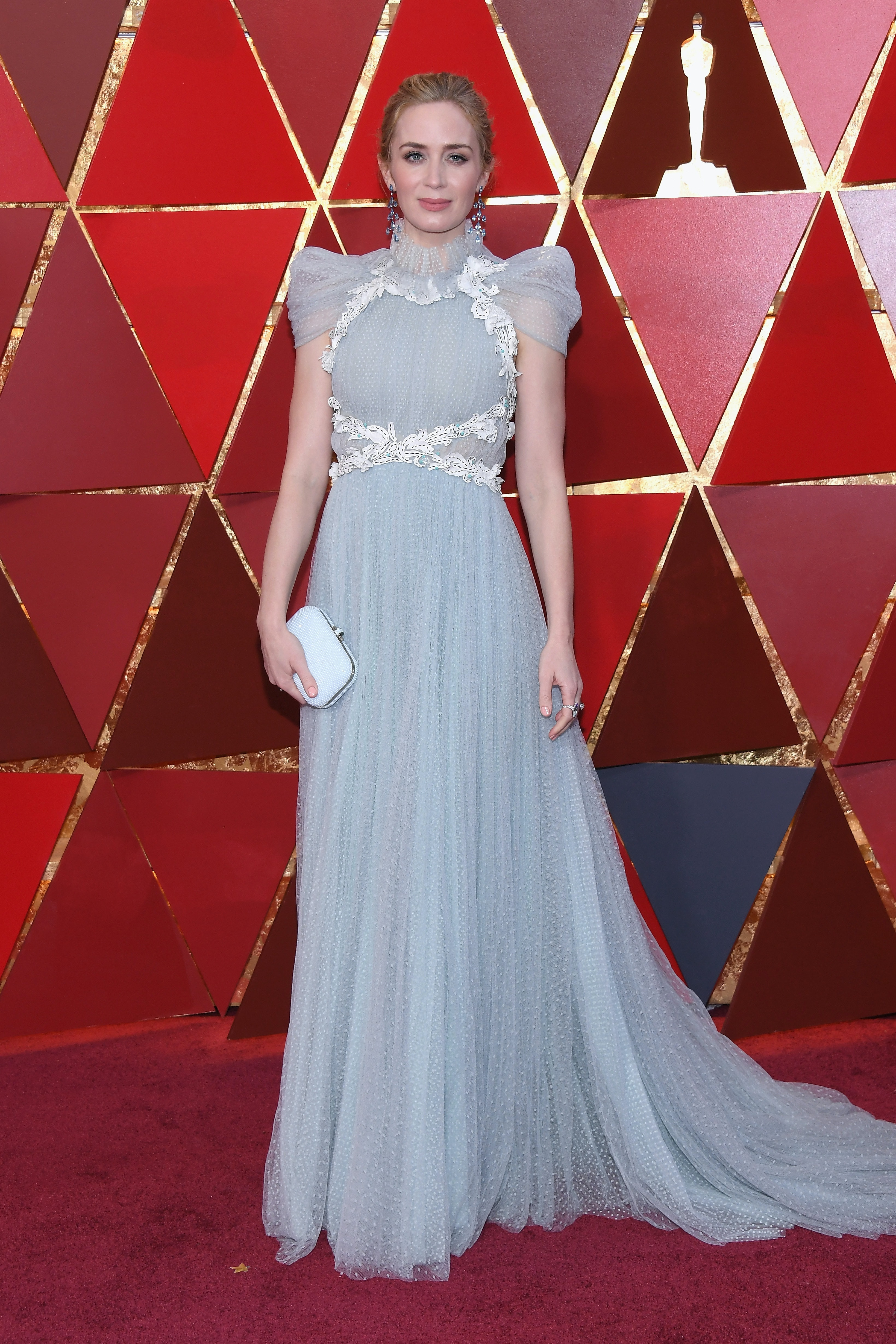 8dc4d789 Oscars 2018 Red Carpet Looks That You Absolutely Need To See