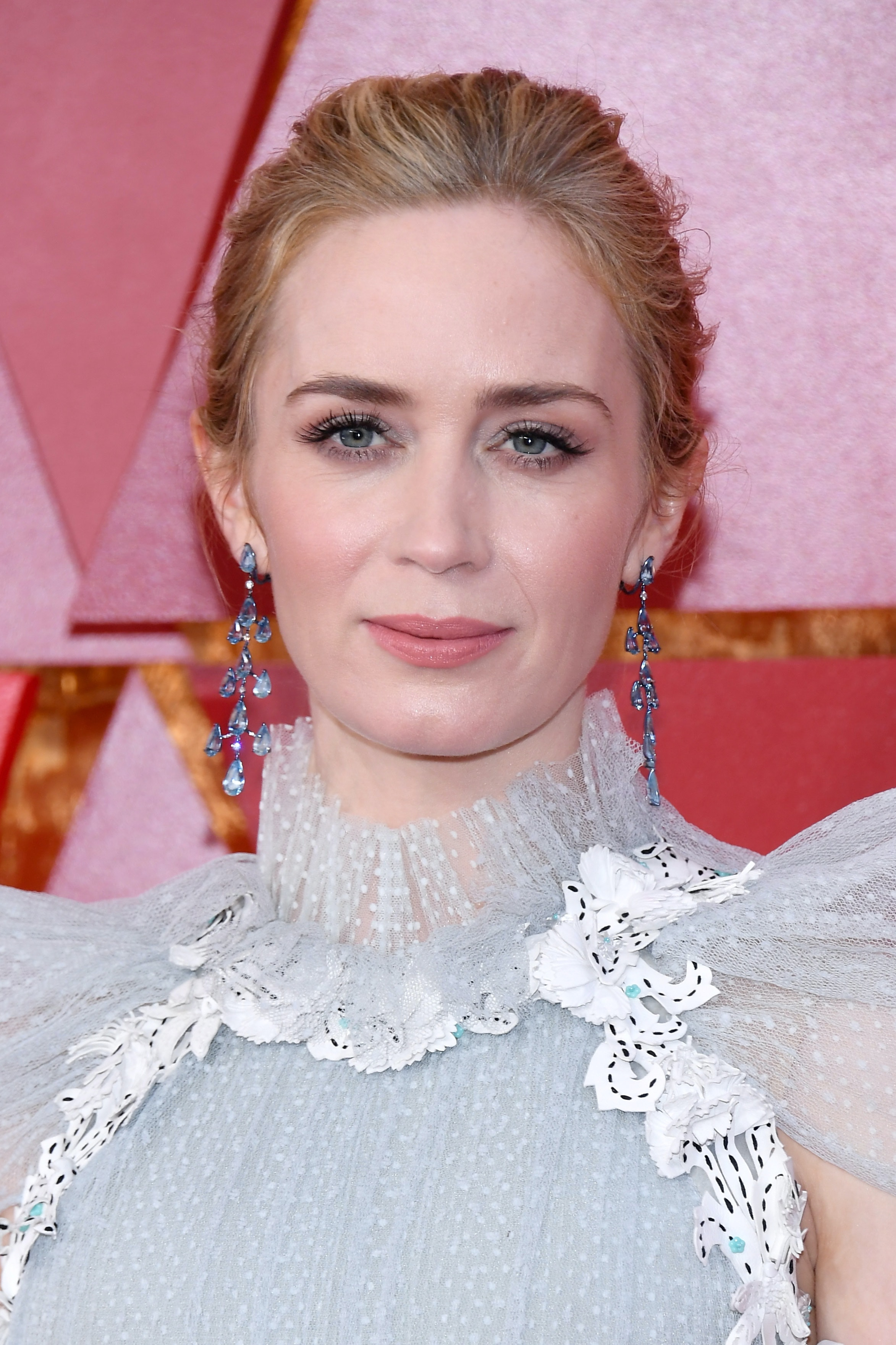 Emily Blunt\'s 2018 Oscars Look Serves Mary Poppins Realness In The ...
