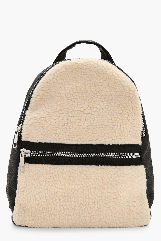 f605493b6b 17 Very Stylish Backpacks Under  25 (Yes