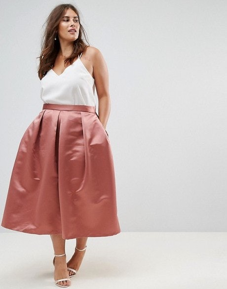 14cc2ea17 15 Plus Size Midi Skirts You Need In Your Fall Wardrobe Stat