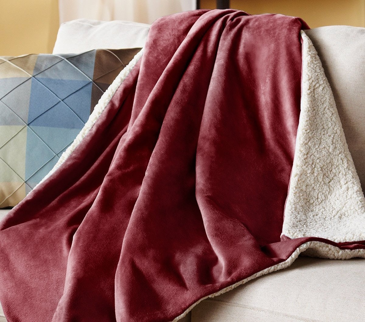 5 Best Electric Blankets To Keep You Warm