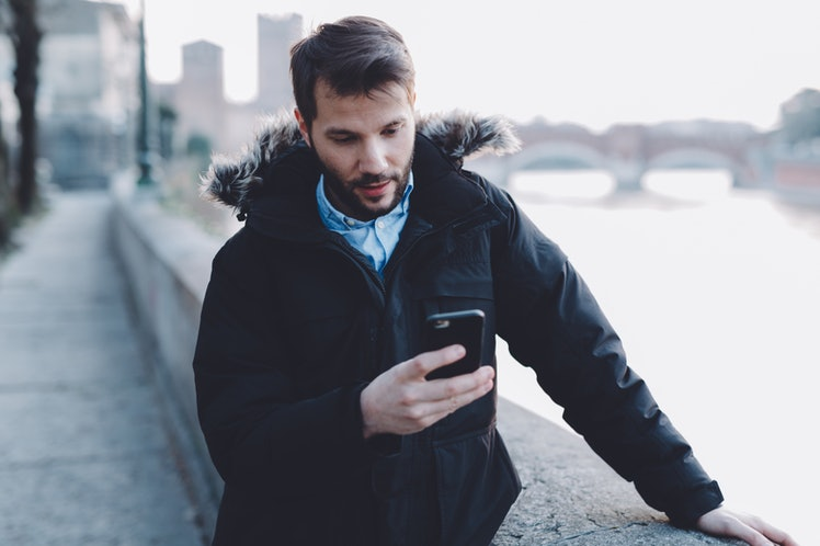 effort online dating 11% of american adults have used an online dating site or a  5 facts about online dating  many online daters enlist their friends in an effort to put their.