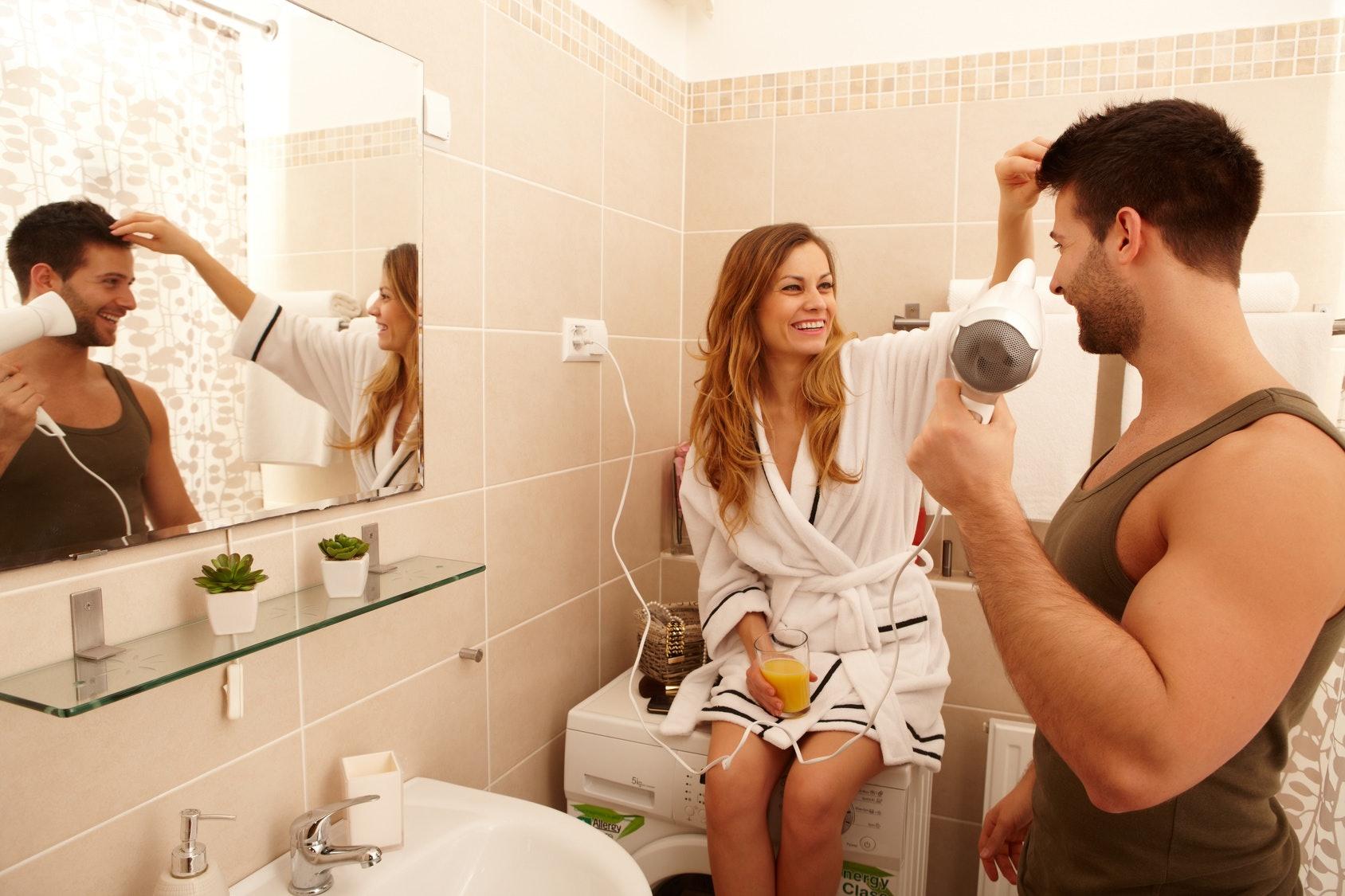 Whilst her boyfriend was in the bathroom pics 561