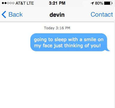 5 Texts To Send Before Bed So Youre On Your Partners Mind As They