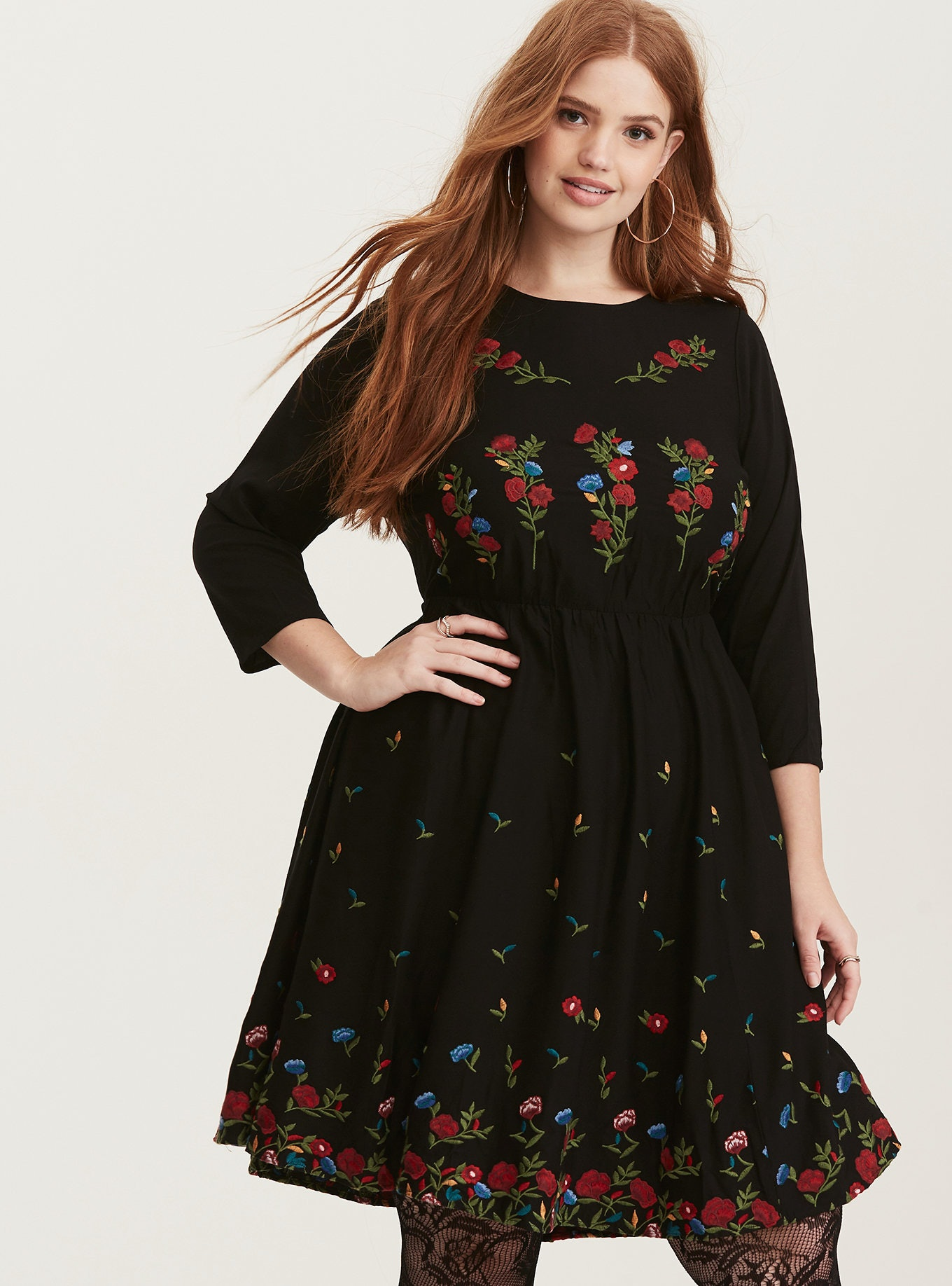 a507993dc2e 57 Plus-Size Holiday Dresses That Will Make You Look Forward To Seeing Your  Family