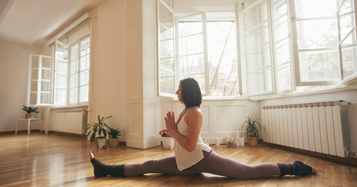 7 Stretches For Doing The Splits That Ll Help You Get More