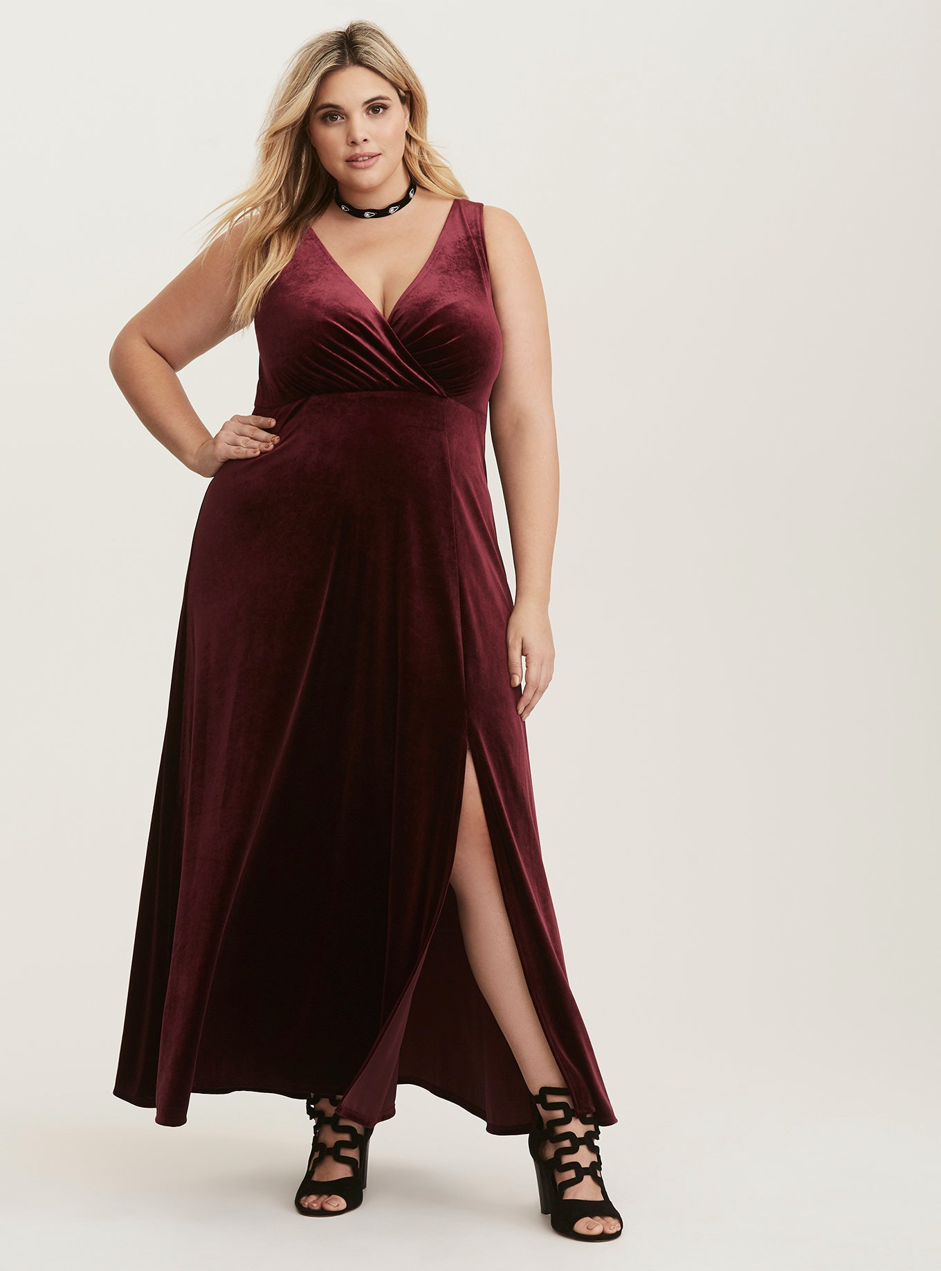 21683888109 50 Plus Size Holiday Dresses That Deserve A Spot In Your Closet