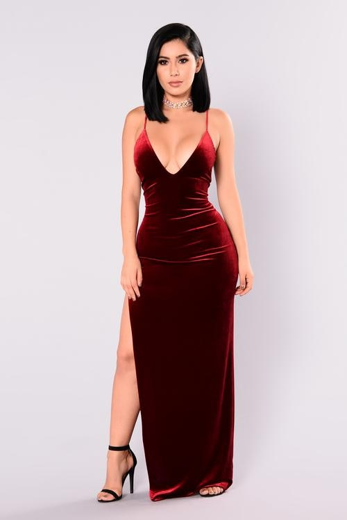3882062cf3c 4 Fashion Nova Outfits For New Year s Eve That Are Dirt Cheap   So Extra