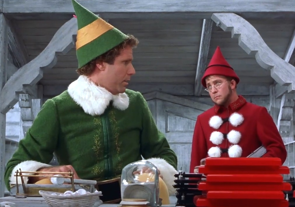 21 Little Elf Details That You Missed The First Time Around