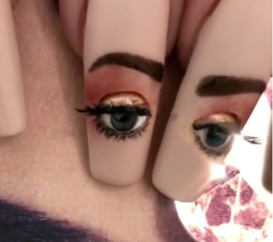 This Nail Art With Animated, Moving Eyes Is The Creepiest Thing You ...