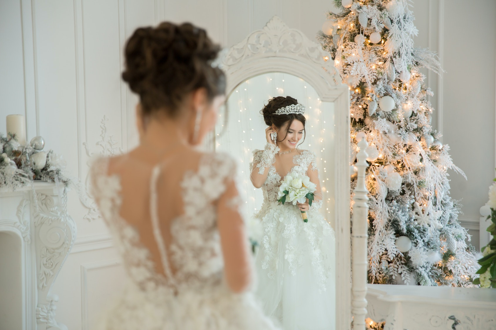 Christmas Wedding Dresses