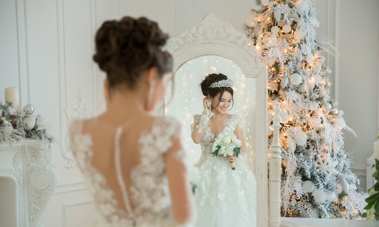 10 christmas wedding ideas that truly bring the holiday magic to life junglespirit Image collections