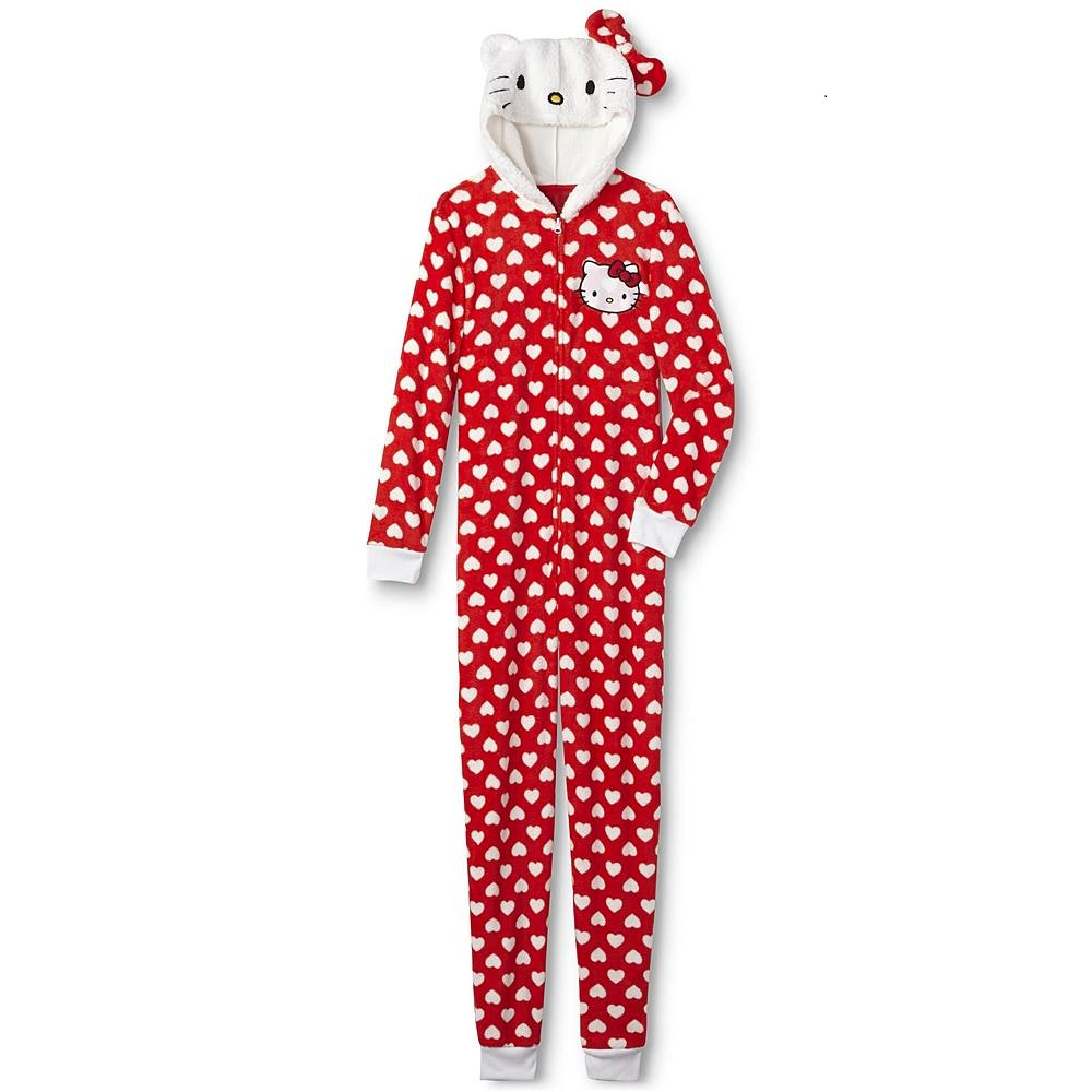 0167c8018 14 Christmas Pajamas You Can Wear All Year Round