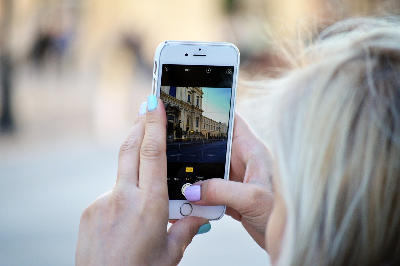 Apple Starts Its Own Instagram Account to Tout iPhone Camera