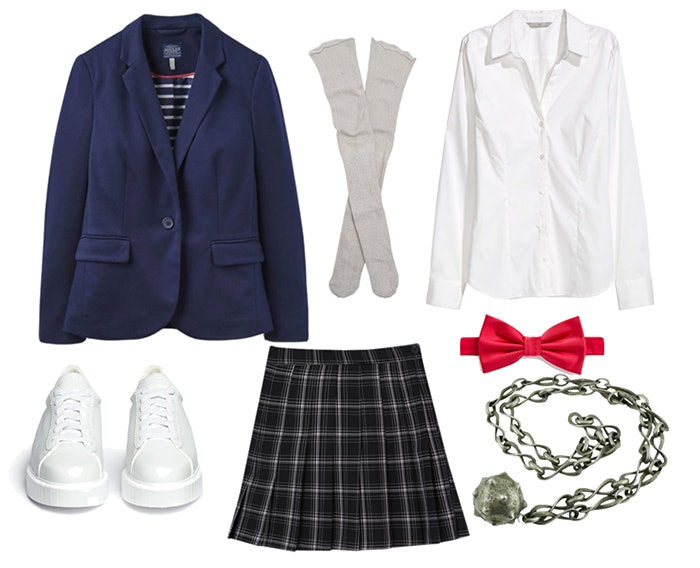 Creative u0027Gilmore Girlsu0027 Costume Ideas For Halloween 2017 That Every Fan Will Love  sc 1 st  Bustle & Creative u0027Gilmore Girlsu0027 Costume Ideas For Halloween 2017 That Every ...