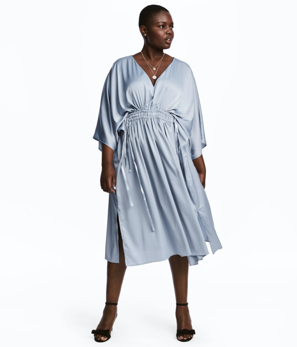 f4b07c23d493 29 Plus Size Caftans That Can Easily Transition Into Your Fall Wardrobe