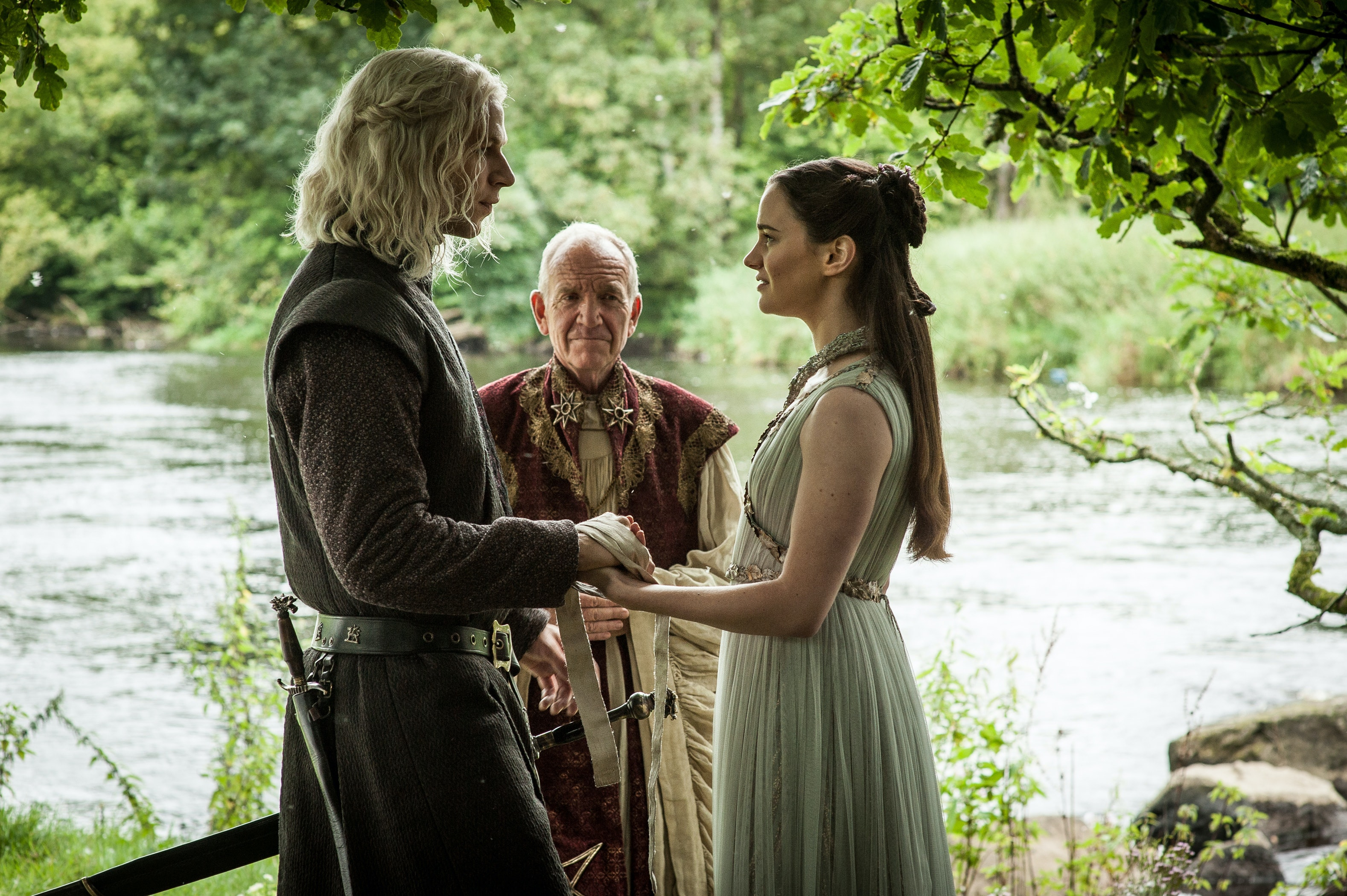 'More than billion' illegal downloads of Game Of Thrones