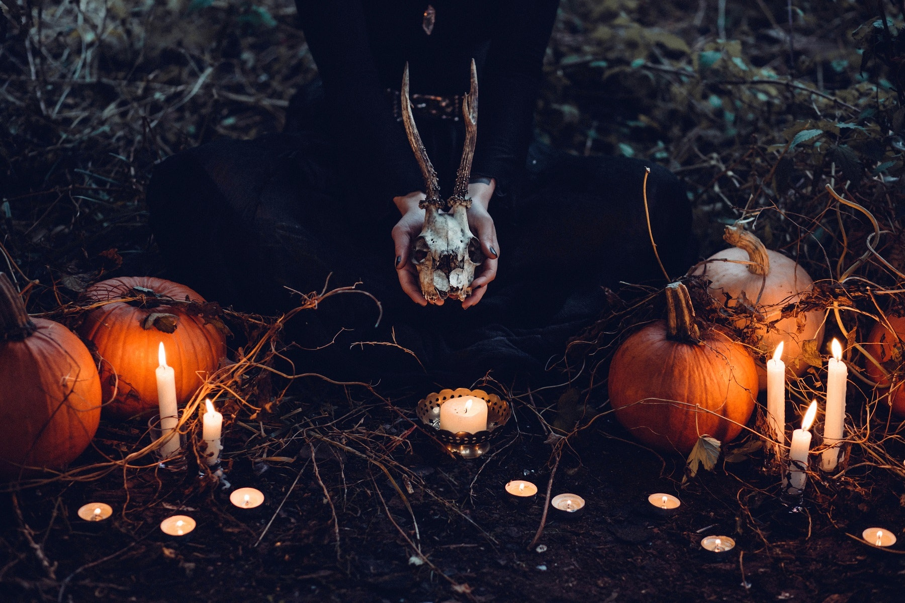 12 scary halloween party ideas to give your guests a spook theyu0027ll never forget