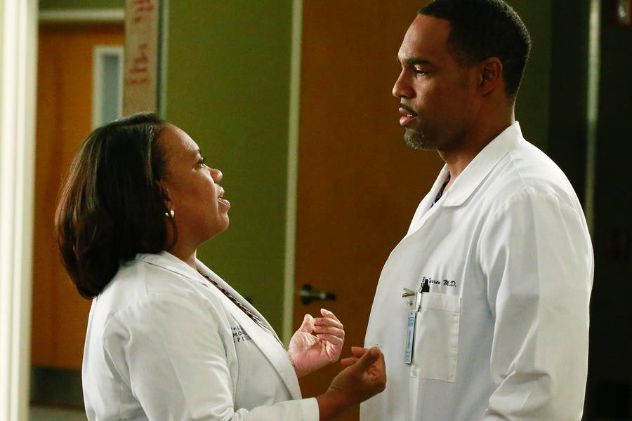 Grey\'s Anatomy\' Spinoff Star Jason George Would Run Towards Fire For ...