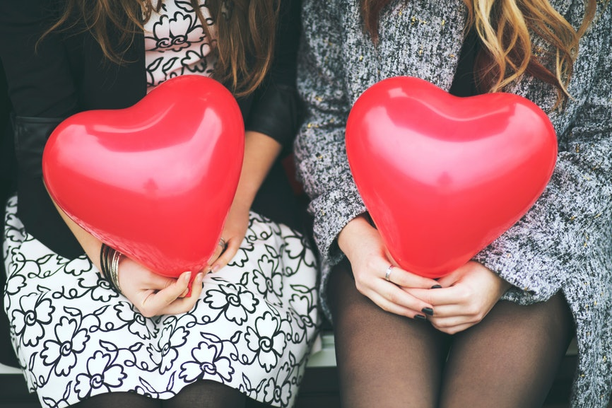 5 Cheap Things To Do On Valentineu0027s Day, Because Literally What Is Money?