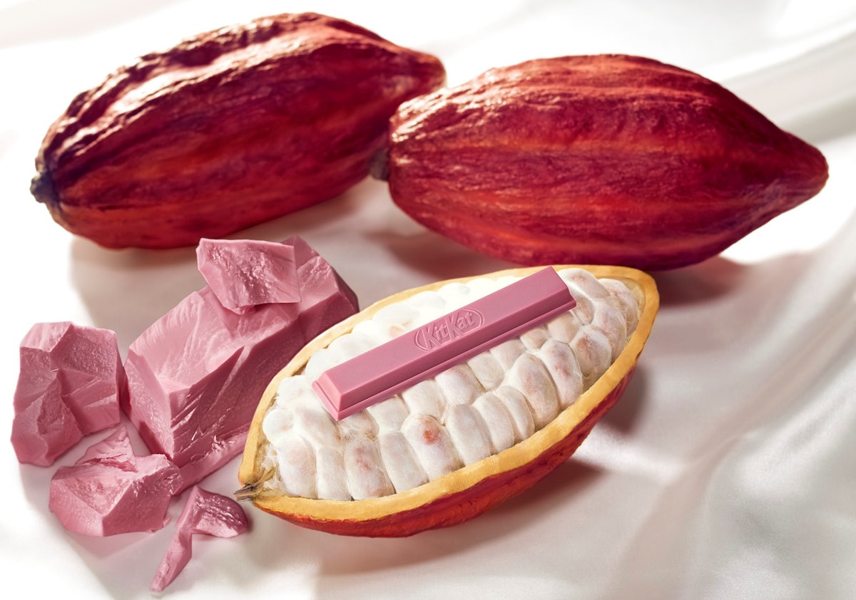 Millennial Pink Kit Kats Exist & You're Going To Be Obsessed With Them