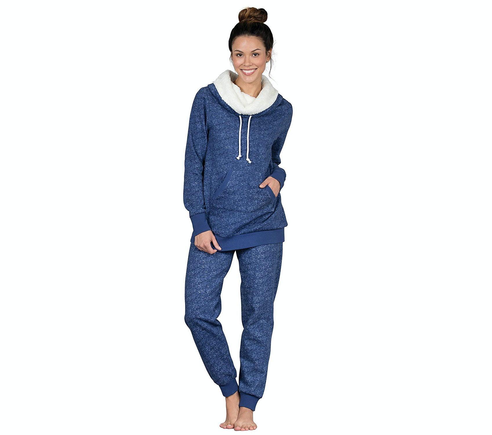 a2ea2dd0e 7 Super Warm Women s Pajamas